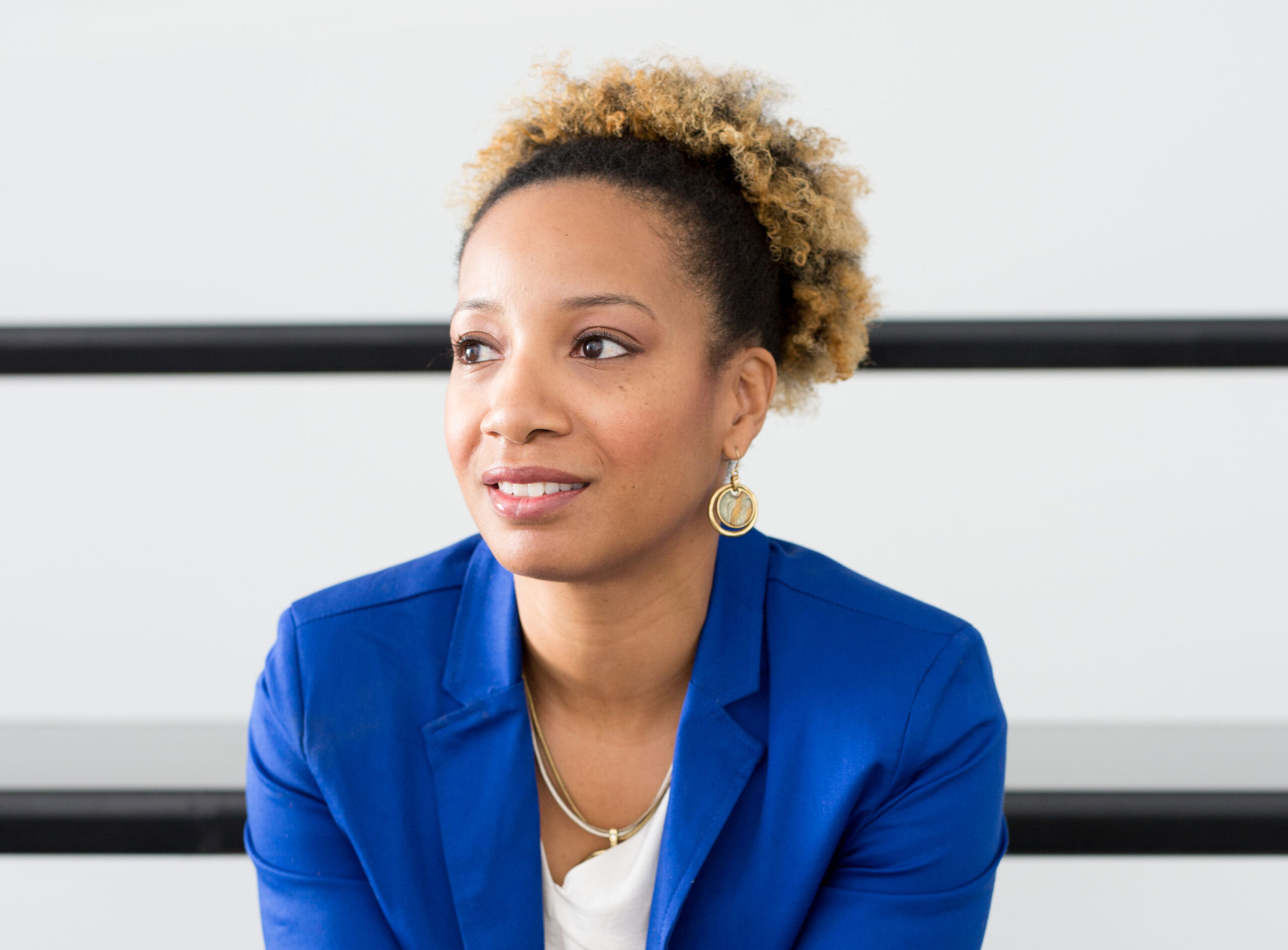 64 – Luckygirl: A Bite Sized Podcast with guest Shani Saxon | Community Activist