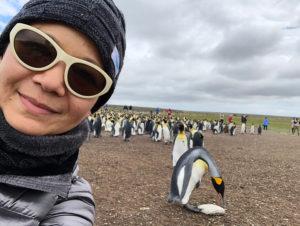 christina aldan selfies with penguins 2